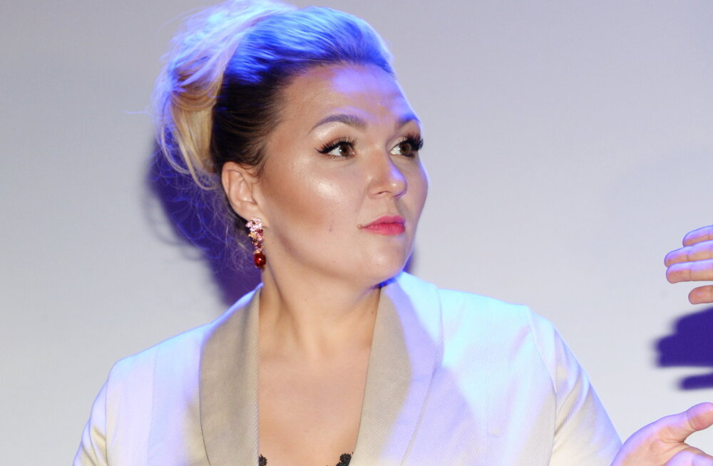 Звезда Comedy Woman опровергла информацию о разводе