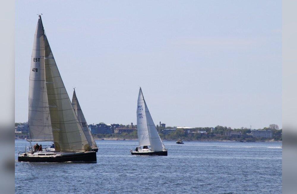 FOTOD: Tallinna lahel toimus Caprice Cup E4 karikavõistlus lühirajasõidus