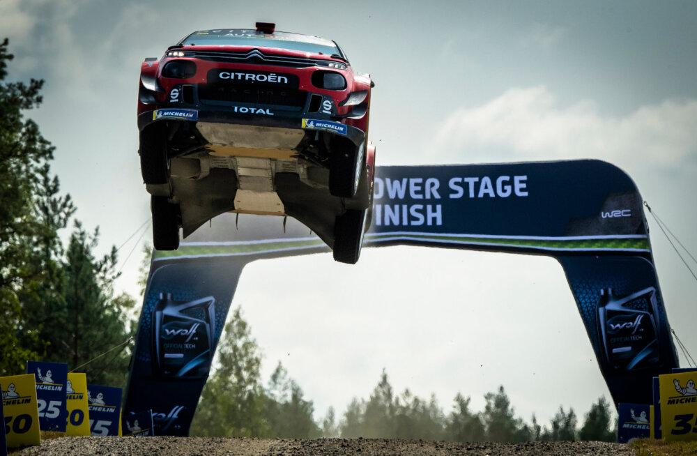 VIDEO | Sébastien Ogier' pöörane hüpe Soome ralli lõpus: kiirus oli 174 km/h!
