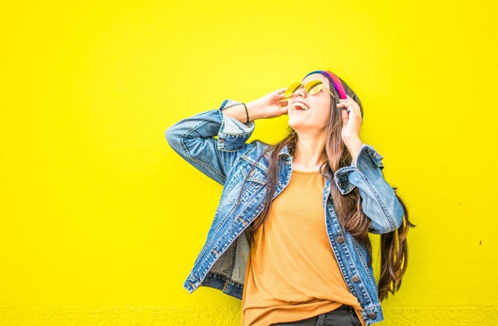 Цвет одежды по дням недели: как одеваться, чтобы привлечь удачу