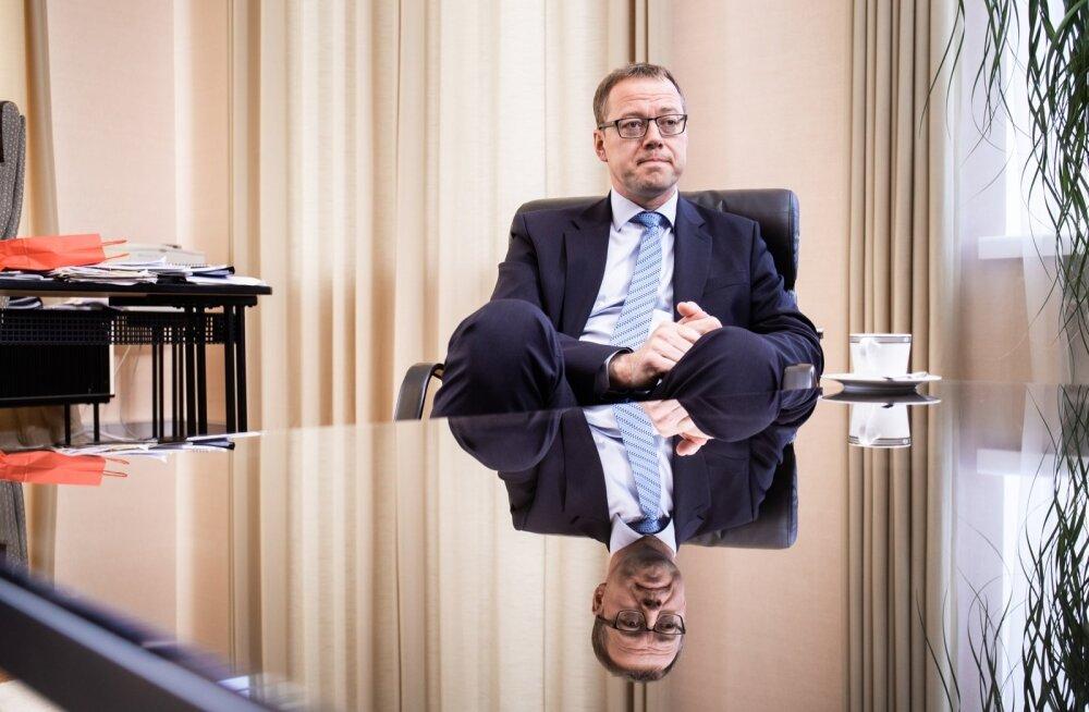 Ülo Kaasik ütleb, et keskpanka ei tasu jõuetuks pidada, kuid valitsustele otse laenu anda euroala keskpangad ei tohi.