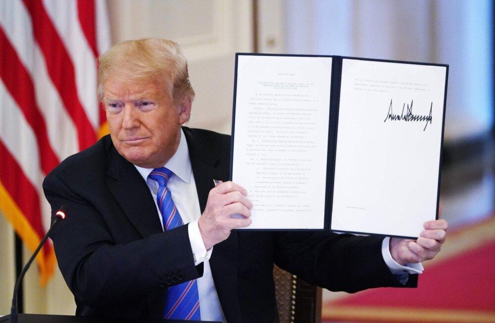 """Trump allkirjastas korralduse, et kaitsta monumente """"ideoloogiliste märatsejate"""" eest"""