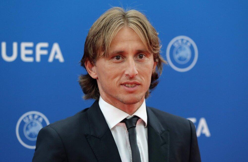 UEFA valis aasta parimaks mängijaks Luka Modrici