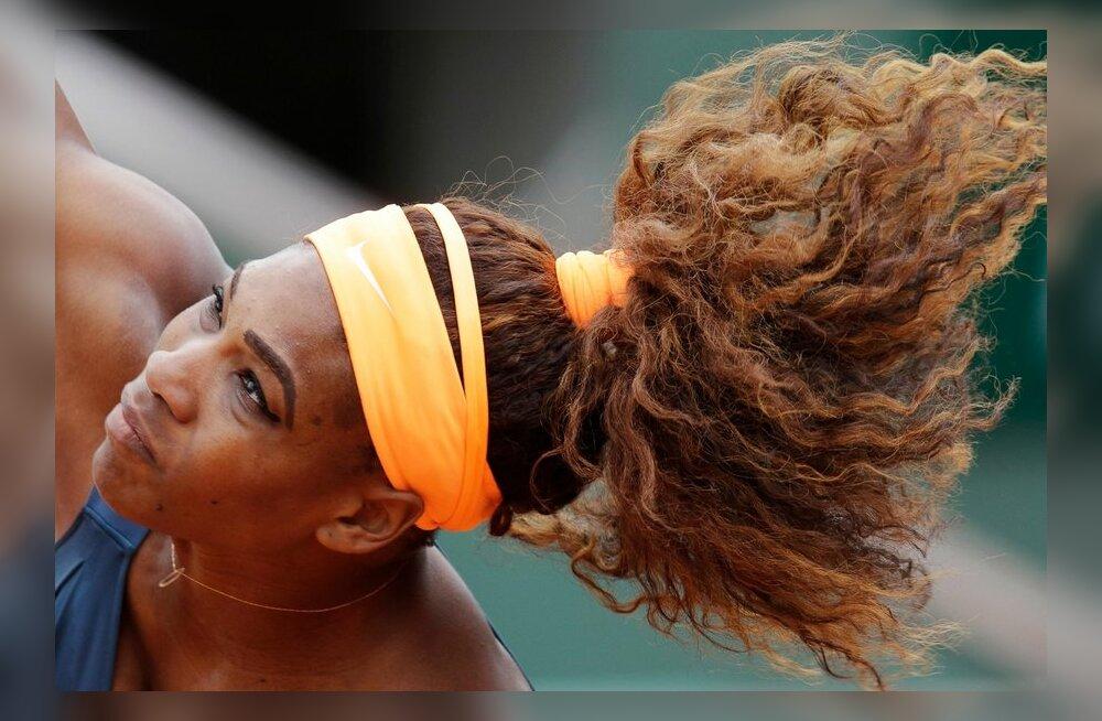FOTOD: Williams ja Federer alustasid Prantsusmaa lahtisi kindlate võitudega
