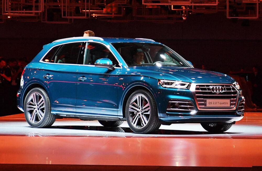 VAATA | Hispaania kuulsaimale autovargale püstitati ennenägematu hauamonument — elusuuruses skulptuur ja Audi maastur!