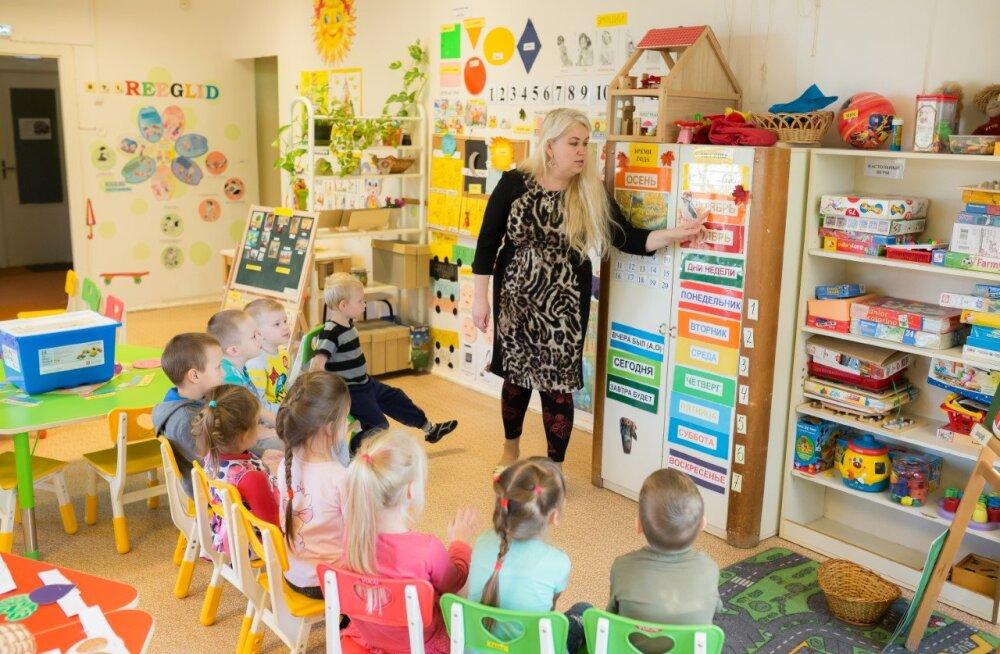 Tallinnas ja Tapal lõpetavad lasteaia esimesed keelekümbluses osalenud lapsed: nad on edukalt õppinud ära teise keele