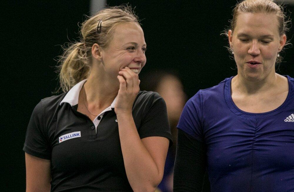 Fed Cup Tallinnas: Kontaveit võitis, Kanepi kaotas, võitja otsustab paarismäng