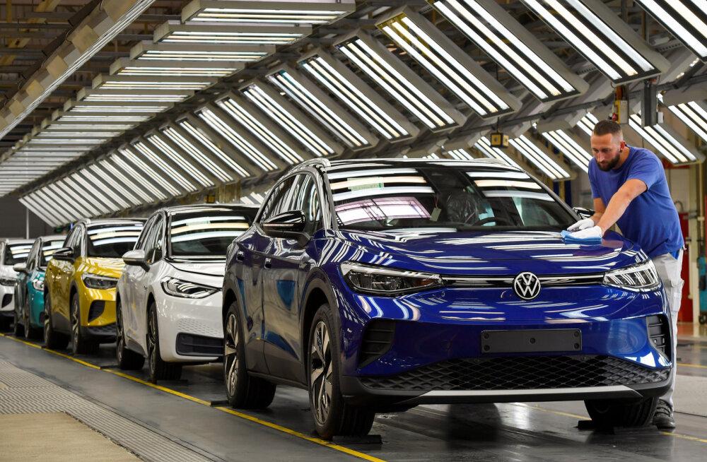 Sõiduautode müük püüdis Eestis septembris peaaegu läinud aasta sama kuu tulemuse kinni