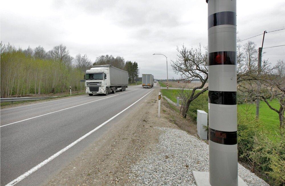 Uuring näitab kiiruskaamerate õnnetusi vähendavat mõju Eestis