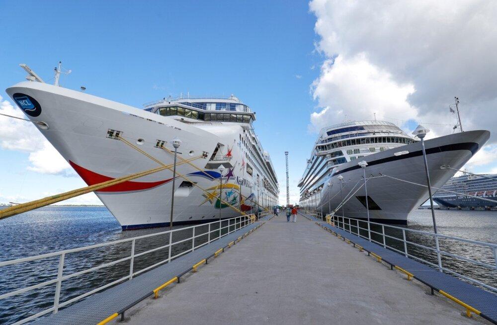 Ristluslaevad Tallinnas sadamas