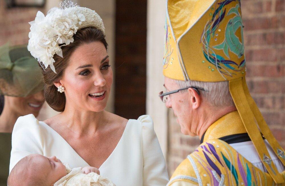 Kaunis või kaheldav? Prints Louis' ristsetel serveeriti Kate'i ja Williami 7 aastat vana pulmatorti
