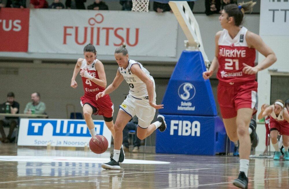 Eesti korvpallinaiskond kaotas TTÜ Spordihoones toimunud Euroopa meistrivõistluste valikmängus 56:81 maailma tipptiimide sekka kuuluvale Türgile