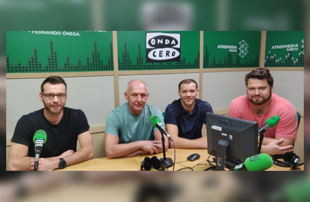 Karl Rinaldo, Toivo Alt, Keith Pupart ja Hannes Sepp Almerias Hispaania riiklikus raadiostuudios.
