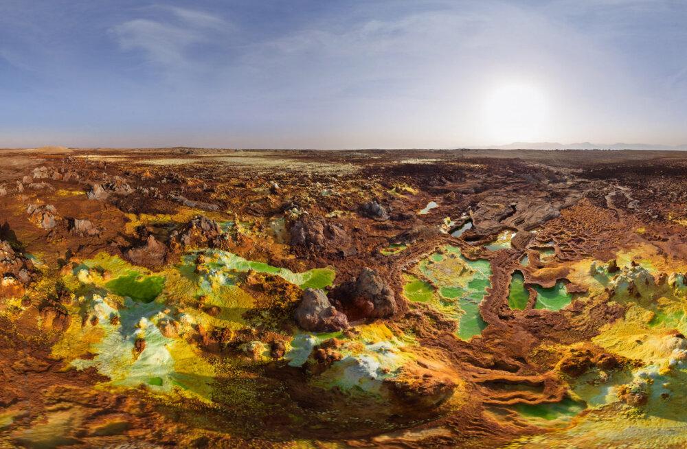 Где находятся ворота в ад? Самый удивительный и необычный вулкан на Земле