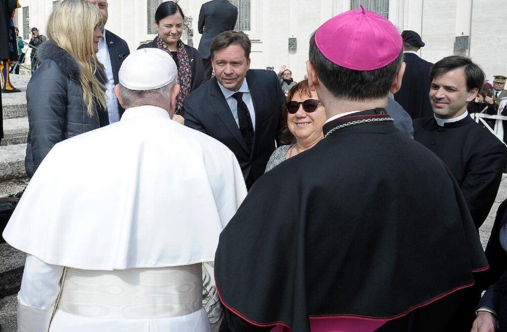 FOTOD | Võimas! Kaupo Karelson kohtus Vatikanis paavstiga