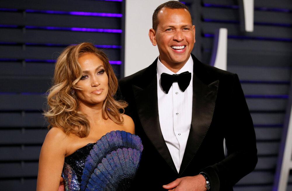 Hõissa pulmad! Jennifer Lopez sõuab oma noorema kallimaga abieluranda
