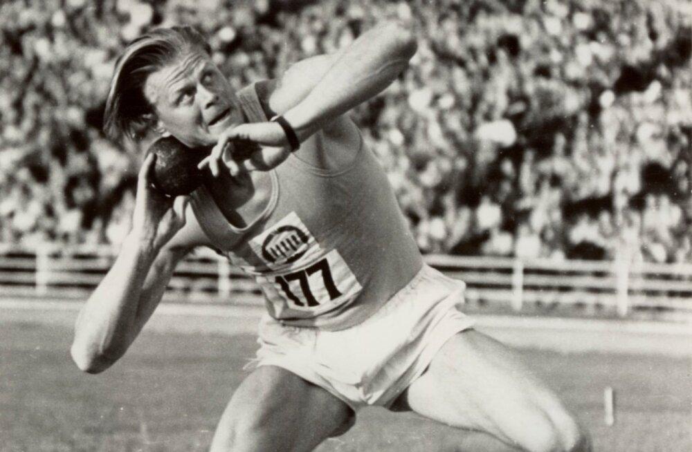 Kuuel korral Euroopa rekordi ületanud Heino Lipp juhtis 1947. aastal koos ameeriklase Charles Fonville'iga kuulitõukes 16.73-ga maailma edetabelit, kuid olümpiale ei pääsenudki.