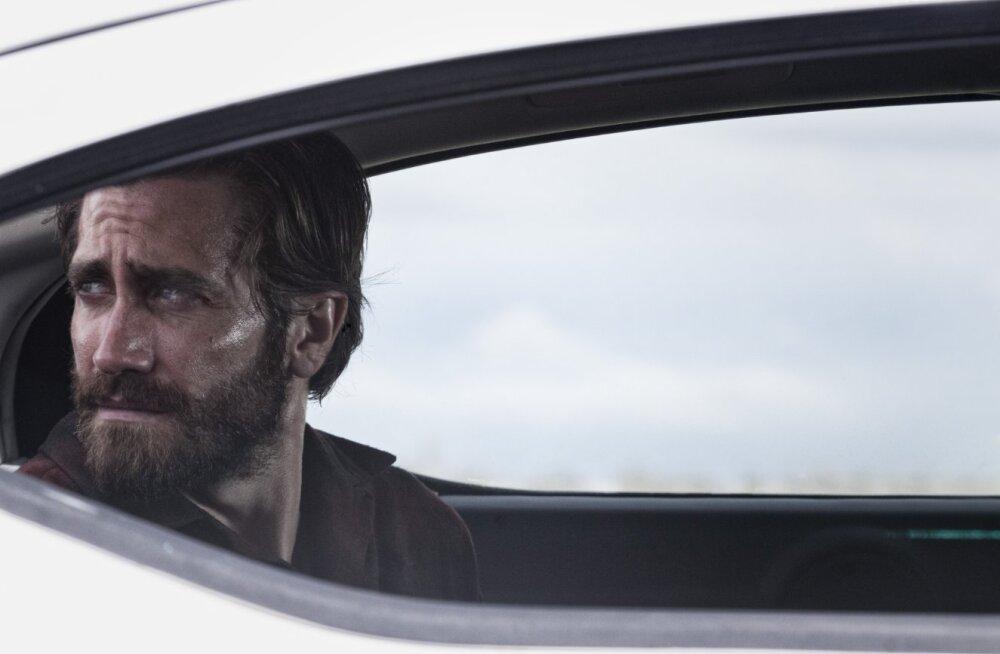 """ARVUSTUS: """"Ööloomad"""" on pingeline <em>thriller</em>, mis haarab nii tähelepanu kui ka kõri järele"""