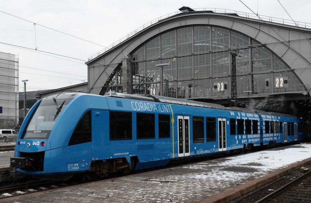 Vesinikurevolutsioon käes? Prantslased otsustasid tulevikukütusel sõitvate rongide kasuks