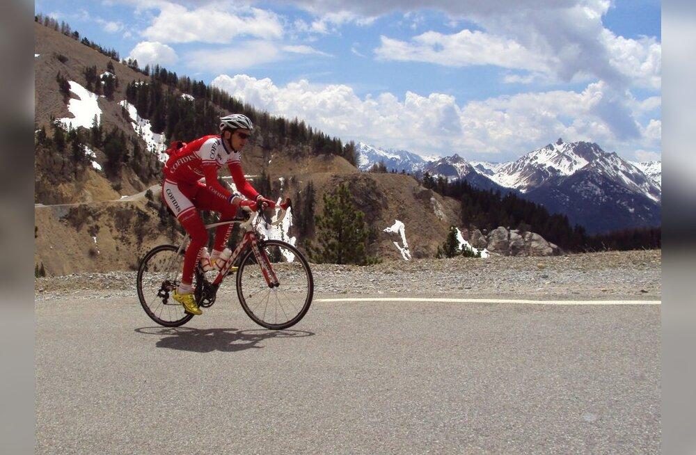 Rein Taaramäe treenimas Prantsuse Alpides, jalgratas