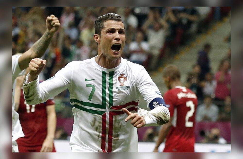 e25b2311ec3 Jalgpalli EM: Cristiano Ronaldo viis Portugali poolfinaali! - Sport