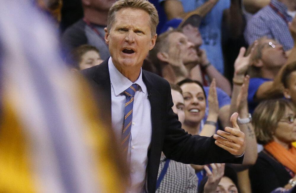 Golden State Warriorsi peatreener Steve Kerr