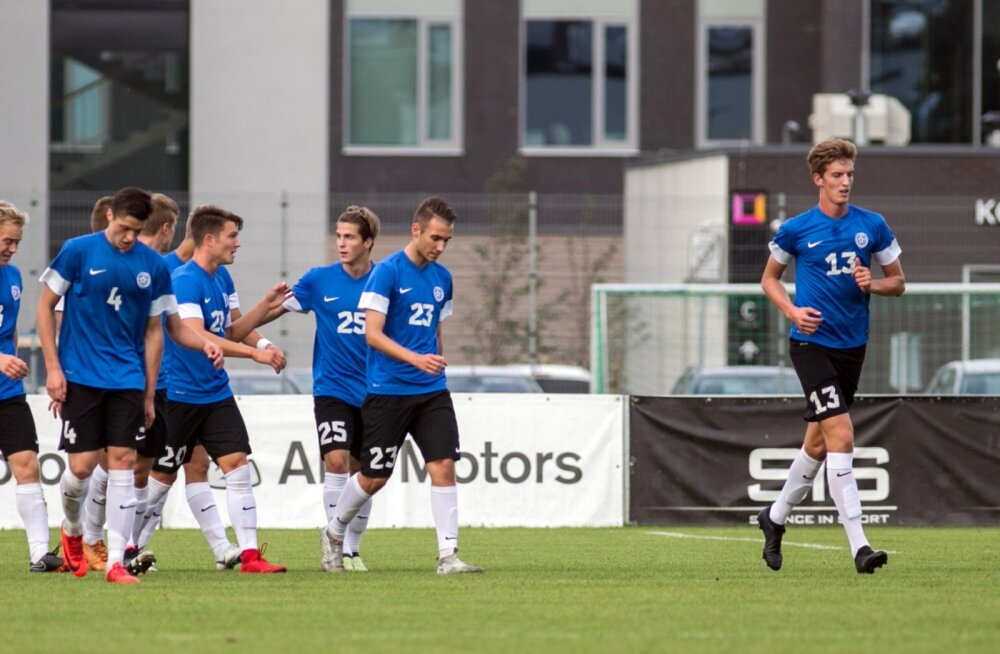Eesti U19 koondis pärast võiduväravat