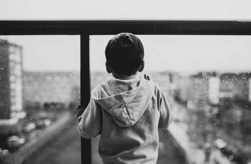 Karm! Agressiivse kasvajaga võitlev üksikema on sunnitud oma 6aastasele pojale tunnistama, et ta on üsna pea siit maailmast lahkumas