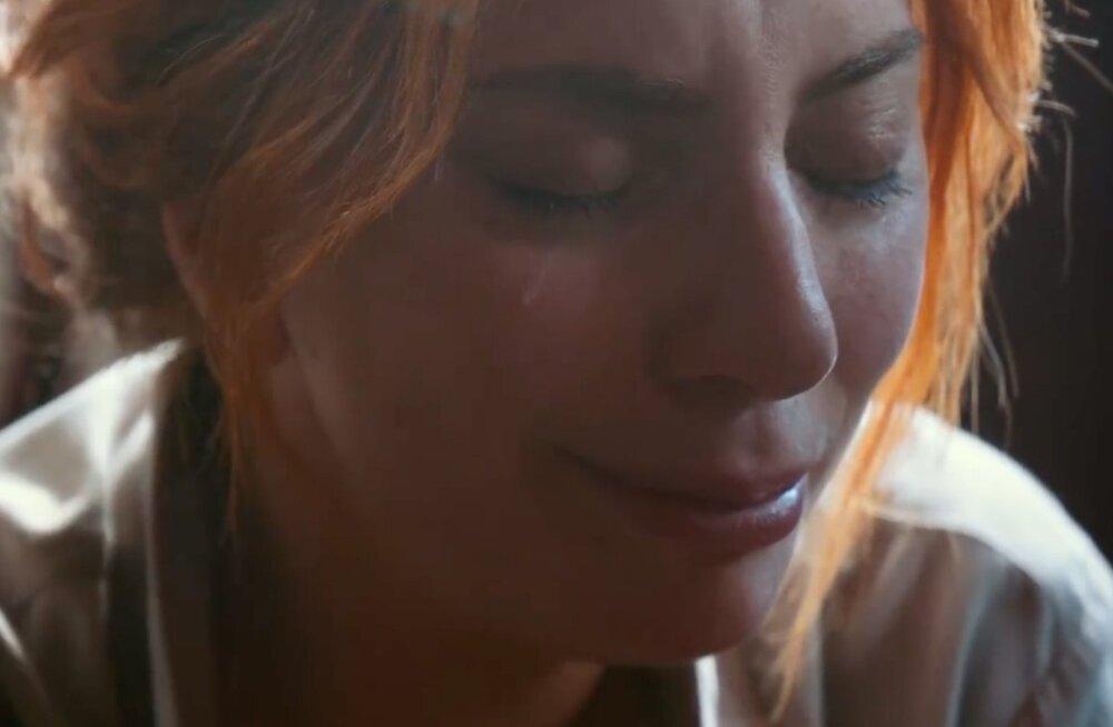 """Näitlemisest asi kaugel! Lady Gaga koges """"Täht on sündinud"""" kuulsa stseeni ajal ehtsat südamevalu"""