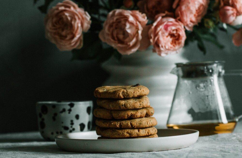 RETSEPT | Suussulavad kolme koostisosaga maapähklivõi küpsised, mille valmistamine on imelihtne