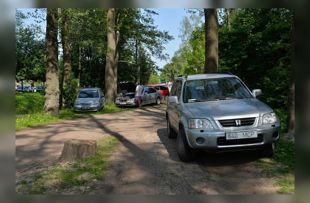 Parkimine Haabneeme rannas
