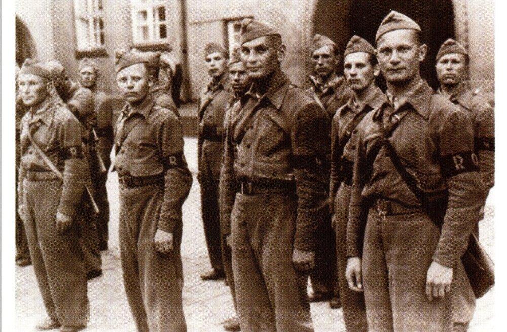 KATKEND RAAMATUST | Tallinn Teises maailmasõjas. Okupatsioonivägede saabumine ja Raua tänava lahing, 4. osa