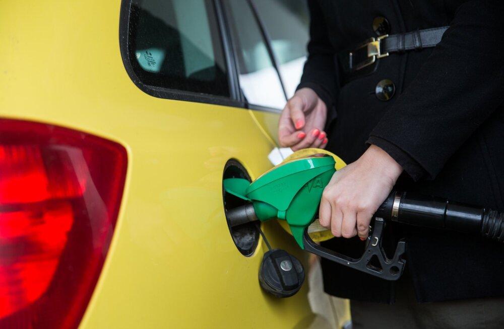 Kütusemüüjad: hinda ei saa alandada vähenenud käibe pärast