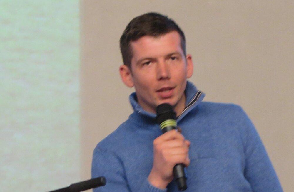 Репинский: планы по скотомогильнику в Причудье скрыли и от населения, и от депутатов