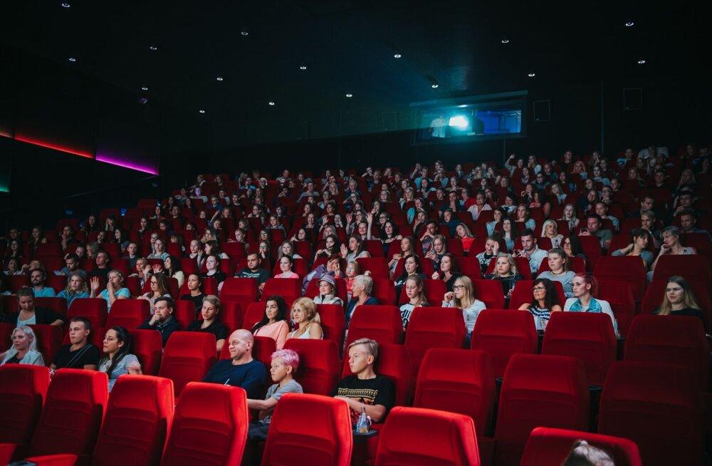 Coca-Cola Plaza värskelt renoveeritud saalis anti avalöök noorte kinosarjale