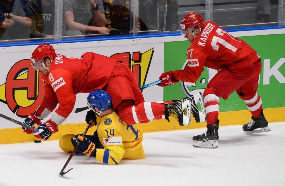 Venemaa (punases) näitas MM-i alagrupiturniiri viimases mängus Rootsi vastu võimu, kuid täna algab veerandfinaalides kõik sisuliselt nullist.