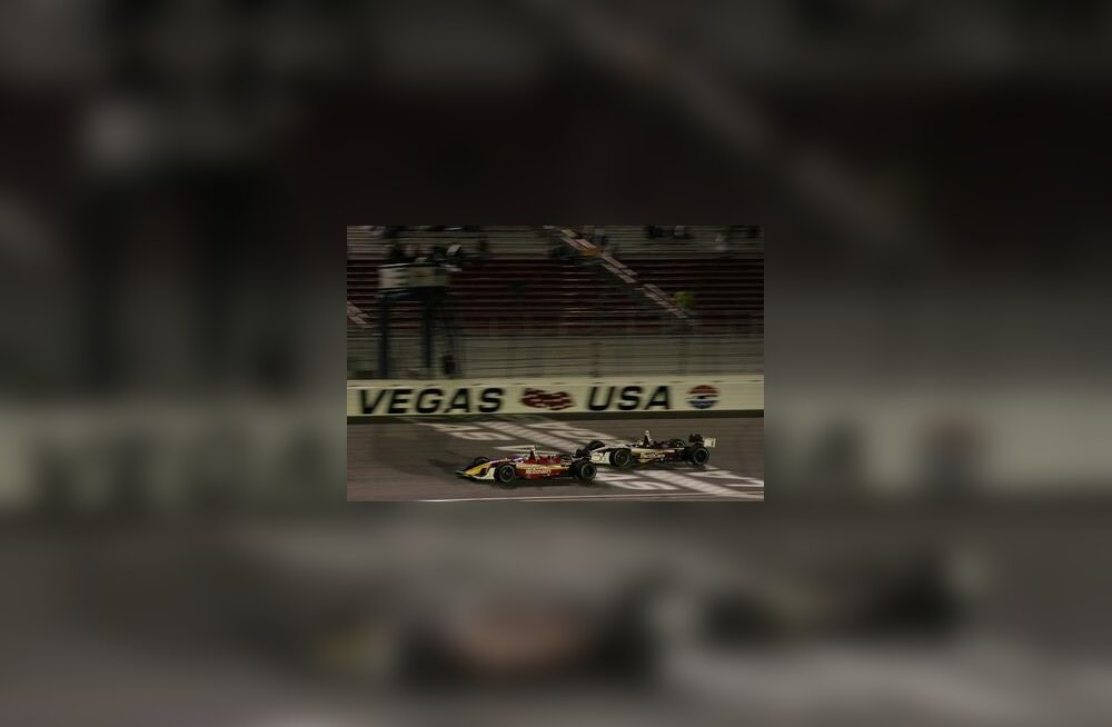 Sebastien Bourdais ja Bruno Junqueira Las Vegase etapi finišis