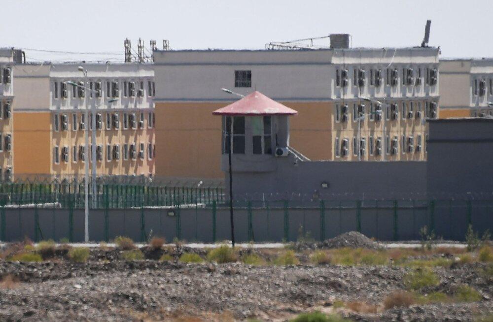 Tribunal: Hiina koonduslaagrites piinatakse kinnipeetavaid ja äritsetakse mustalt organitega