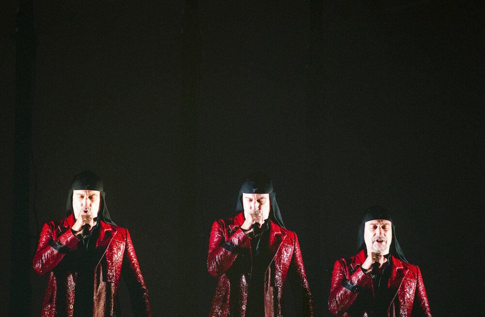 Homme Vene Teatris esinev Sloveenia industriaal-skandaal kollektiiv Laibach: Lääne tsivilisatsioon on kahtlemata allakäigutrepil!