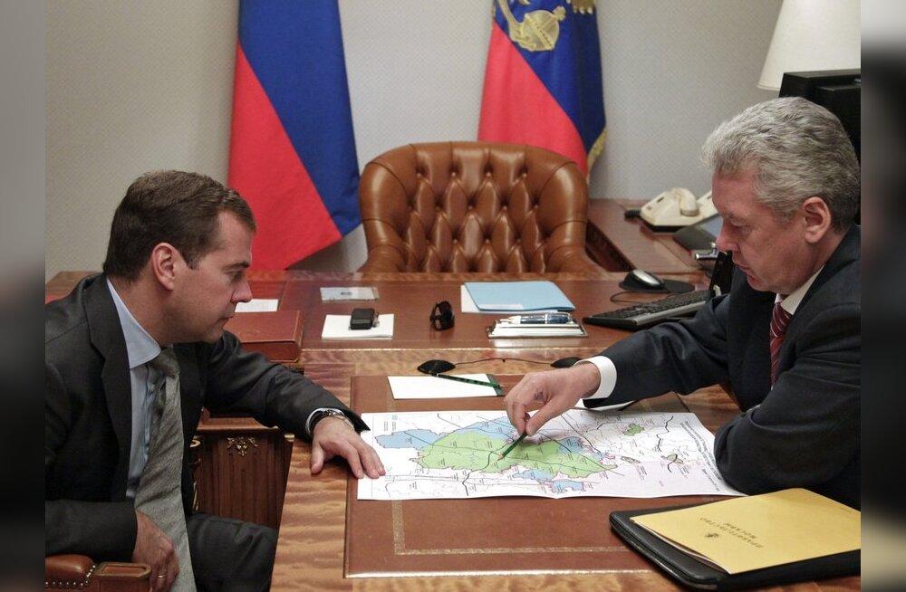 Medvedev ja Sobjanin