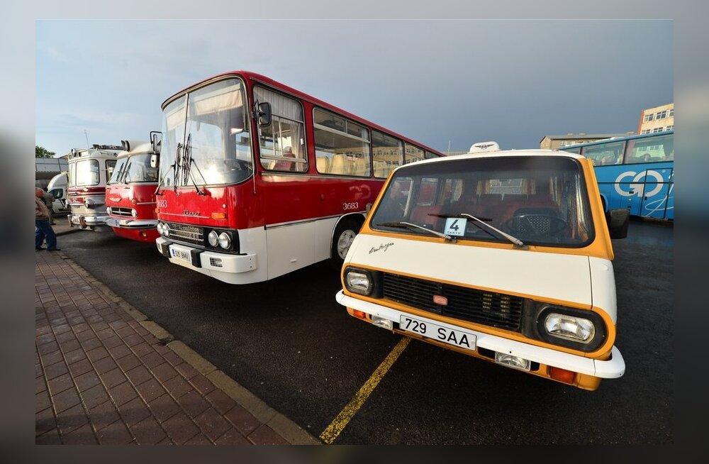 Ajaloolised bussid Tallinna bussijaamas