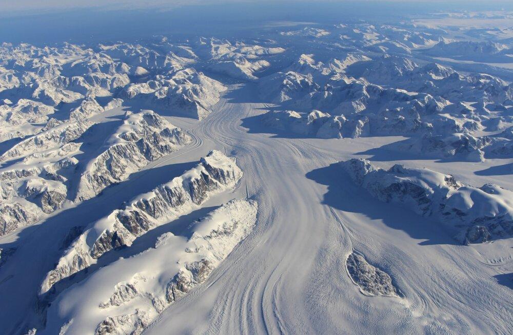 TTÜ vanemteadur Tõnu Martma: liustike sulamisele aitab lisaks kliima soojenemisele kaasa ka õhku paisatud tahm