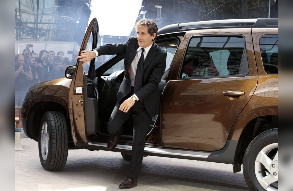 F1 legen Alain Prost Dusterist välja astumas. Kas tema juba teab, et diisel on parem, ent kõvasti kallim? Foto: Vadim Ghirda, AP