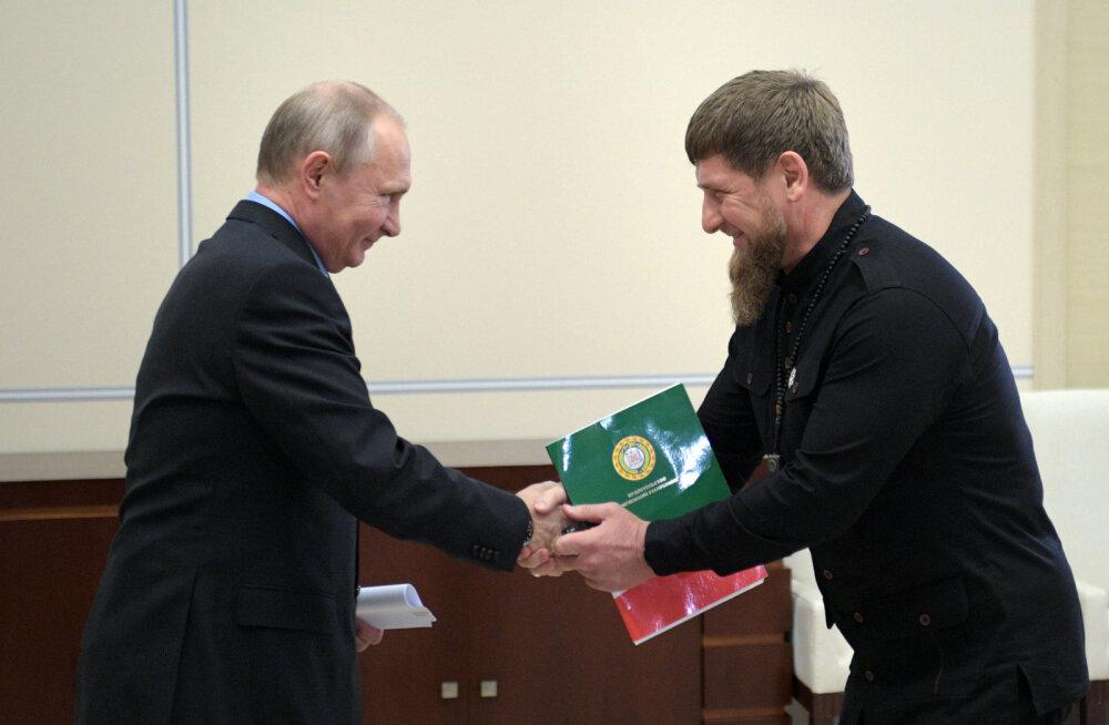 Vladimir Putin väisab Tšetšeeniat