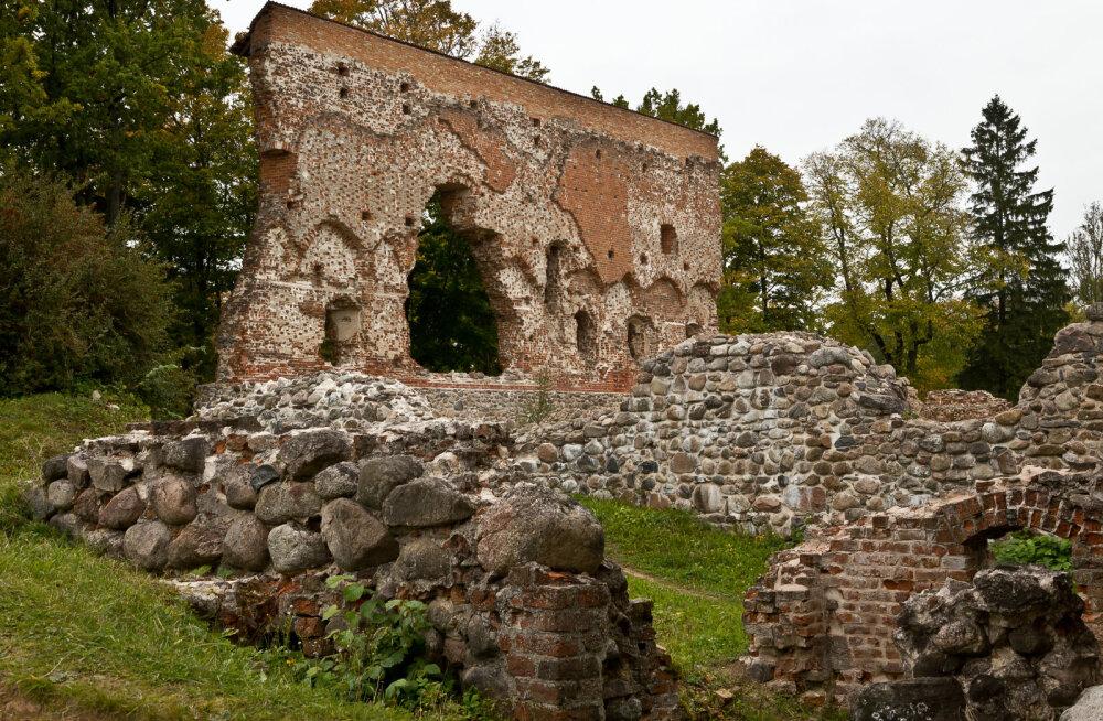 EESTI 100 AARET I Viljandi Lossimägedes on paik kus soovid täituvad