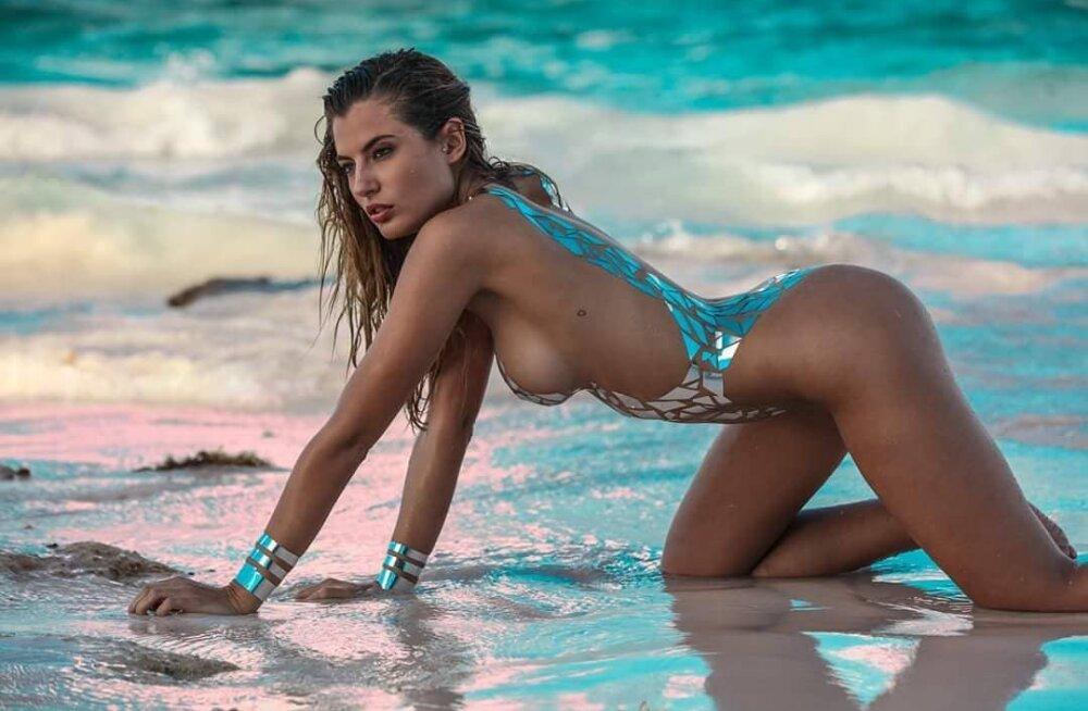 Selle suve jaburaim moetrend on selgunud! Kas sina julgeksid ujuda neis kleeplindist rannariietes?