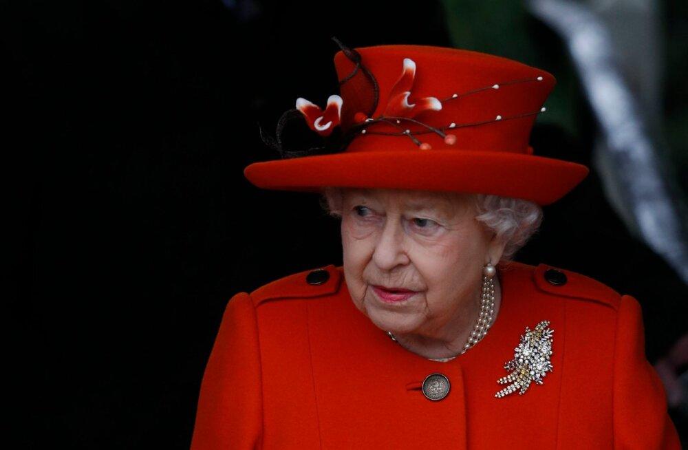 Kuninganna Elizabeth avalikustab kroonimispäeva saladuse, mida ta miljonite eest 65 aastat saladuses hoidis