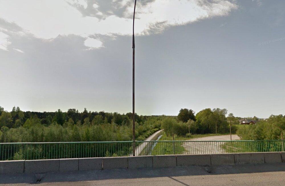 Kurioosne lugu Haapsalus: keset linna laguneb viadukt, mille omanikku ei suudeta tuvastada