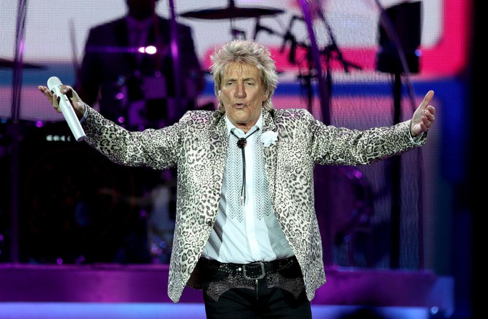 VIDEO | Rod Stewart üllatas Las Vegases abiellunud pruutpaari: ta laulis mu naisele