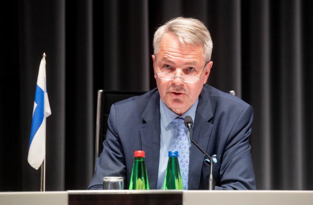 Pekka Haavisto ja Urmas Reinsalu pressikonverents